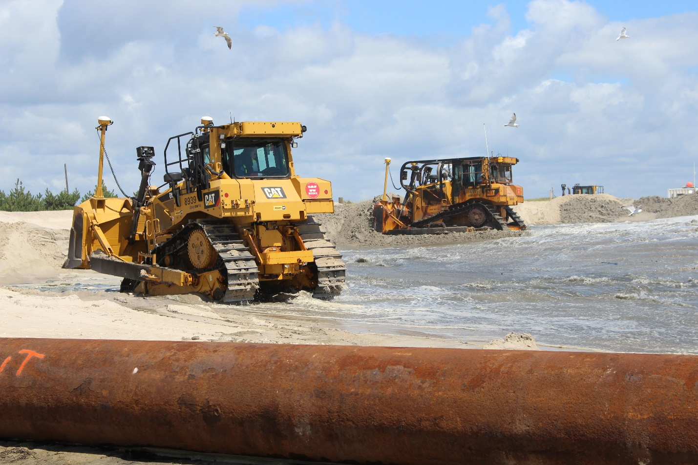 Sand placement in Ocean Ridge – August 2019