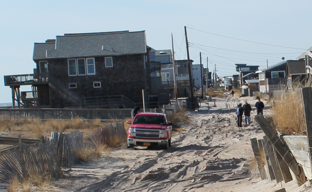 image of Traffic Bay Avenue home under construction at Ocean Bay Park, Fire Island